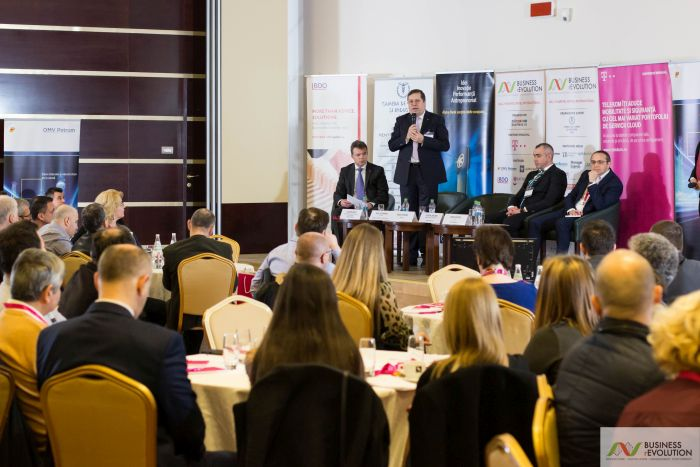 How did the entrepreneurs from Iasi and neighboring counties learn to be prepared for situations where very improbable becomes economic reality in 2017