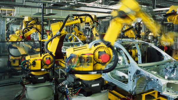 The automotive industry is the engine of the Romanian economy, in addition to retail and IT