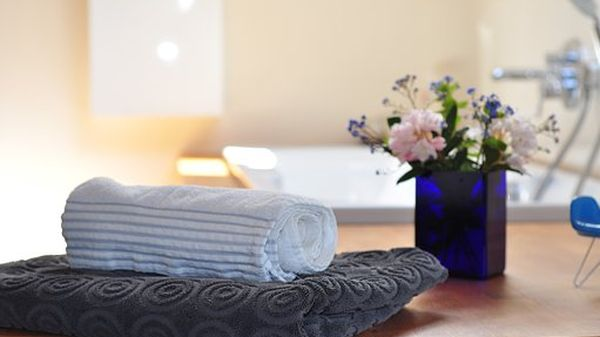 8 out of 10 customers read reviews before going into a SPA center