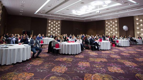 rEvolutia digitala agita apele si la Craiova
