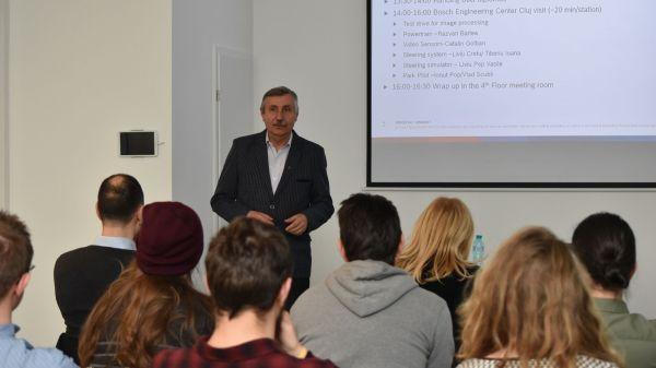 Parteneriat strategic cu mediul academic Bosch a initiat un curs de conducere autonoma la Universitatea Tehnica din Cluj-Napoca