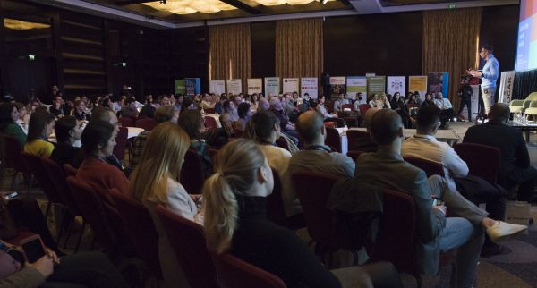 The professionals in eCommerce and online shops owners took part at the 2 days of premium content at TeCOMM