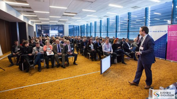 The National Business Conference (r) Evolution 2018 debuted in Oradea in the presence of over 150 entrepreneurs