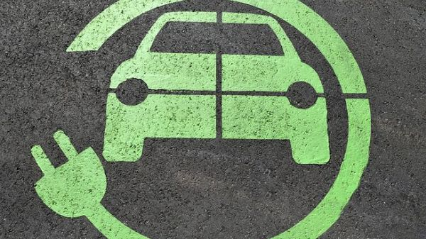 Electric Cars: EIB supports Enel's plan for 14,000 new charging stations
