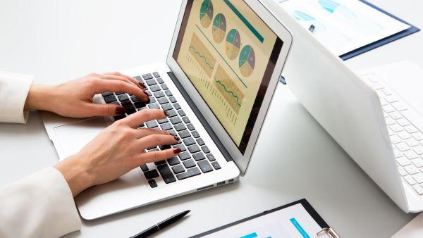 Romania, pe punctul de a reduce utilizarea de software nelicentiat
