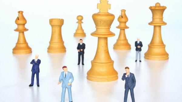 Solutii sigure in perioade de criza: internship, externalizare si leasing de personal