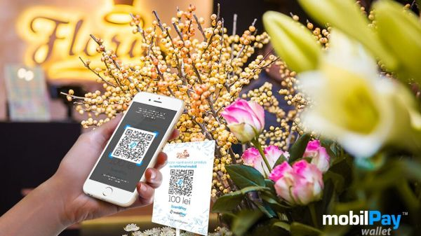 Floria customers can quickly pay for flower bouquets in the store by scanning QR codes directly with the mobilePay Wallet app