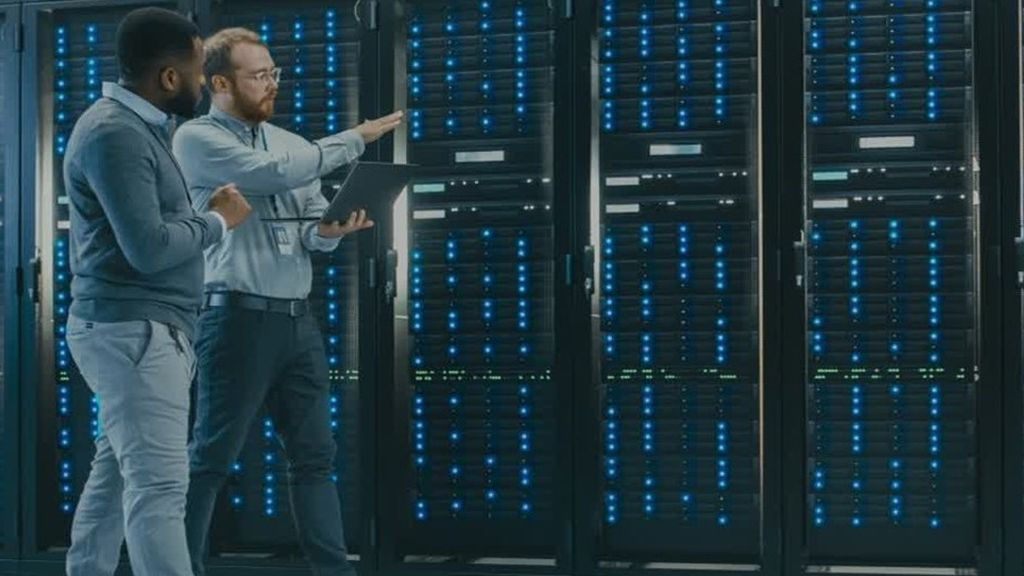 Schneider Electric services dedicated to data centers improve operational efficiency by up to 15% and reduce risks