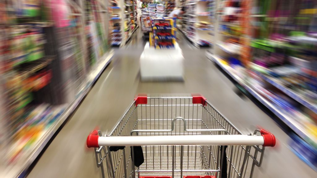 Modificarea legii 321/2009 – revin serviciile in retailul alimentar?