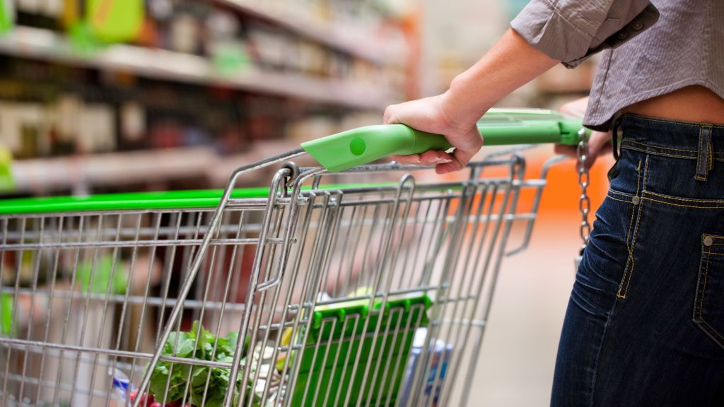 Turnover volume in retail trade, up 12.5% ​​in the first two months