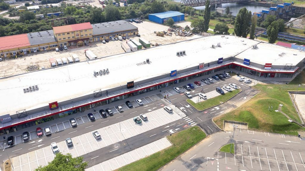RC Europe opens its third NEST retail park in Romania, located in Oradea