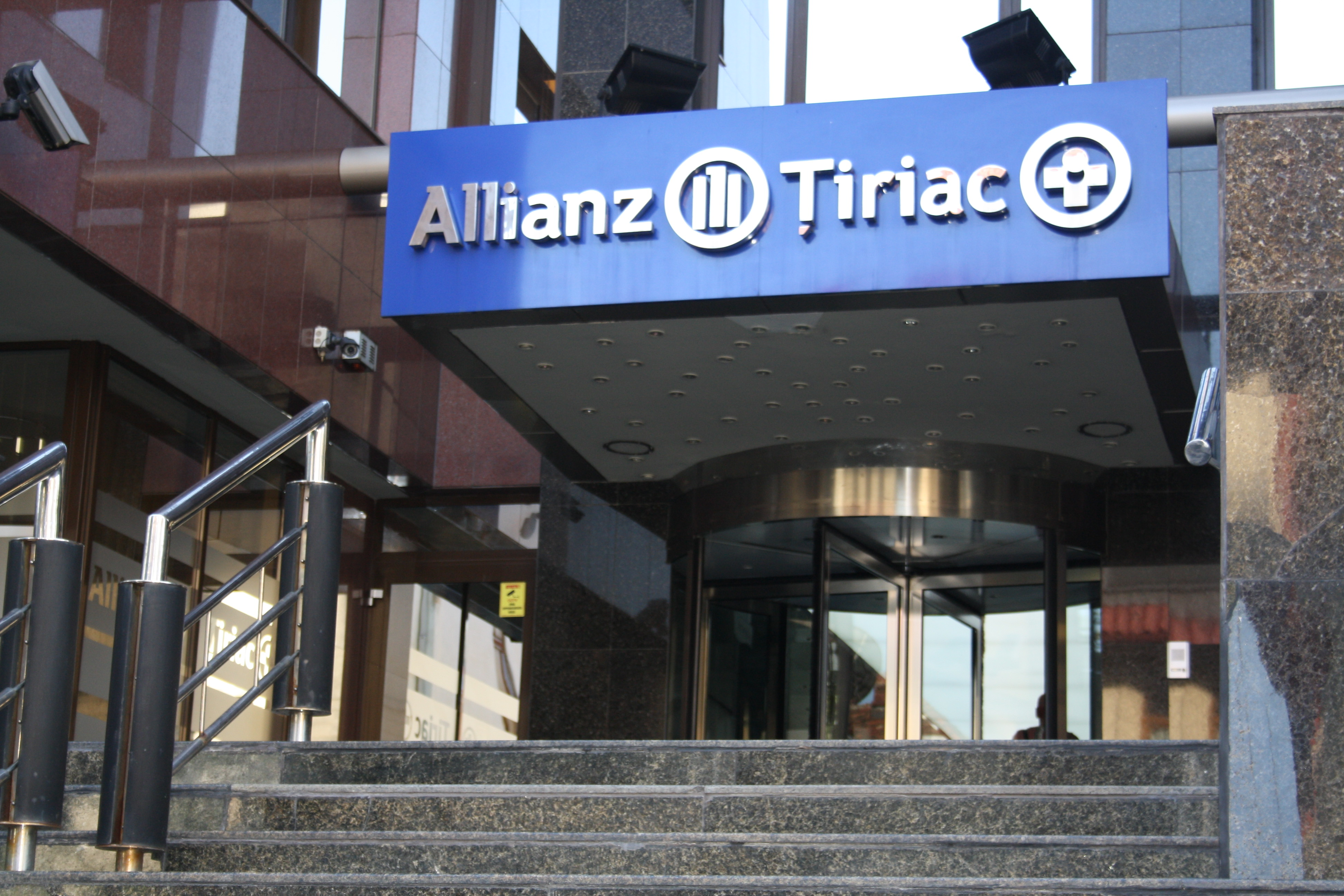 Allianz-Tiriac in H1 2020: Turnover above expectations and the care for people as main concern