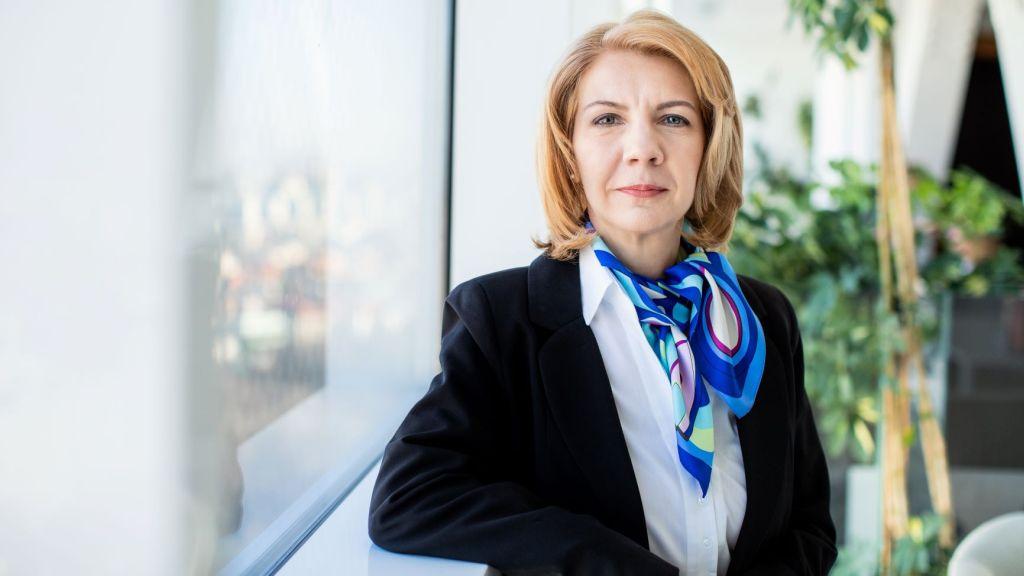 Studiu EY: 85% dintre directorii executivi din Romania planifica o dezinvestitie in urmatorii doi ani