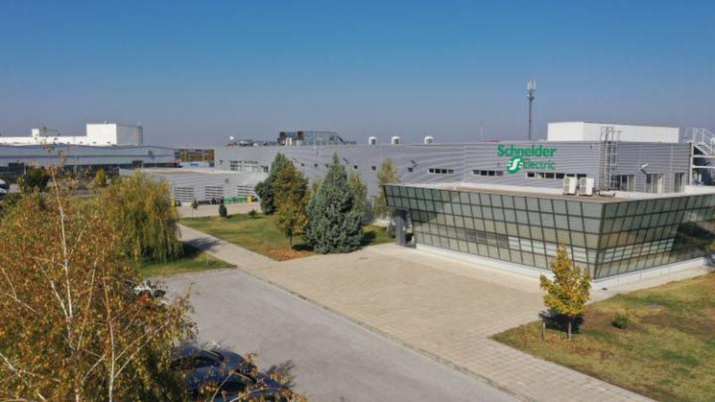 Fabrica Inteligenta Schneider Electric din Plovdiv implementeaza tehnologiile Industry 4.0 pentru toti clientii companiei din Europa de Sud-Est