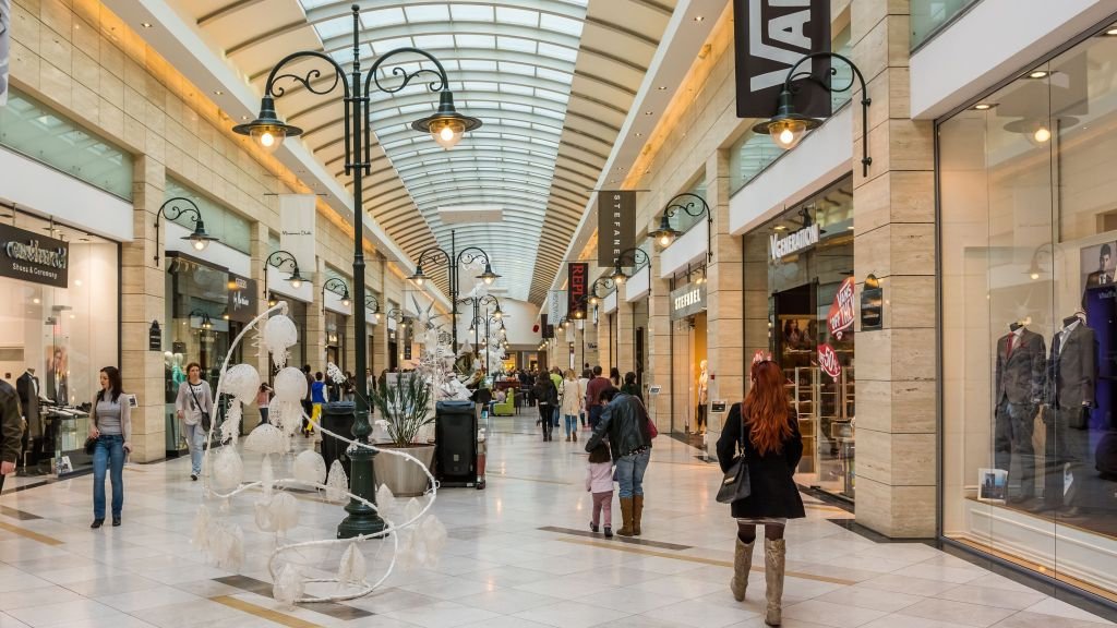 Using Retail Tech Innovation to Enhance the Customer Experience