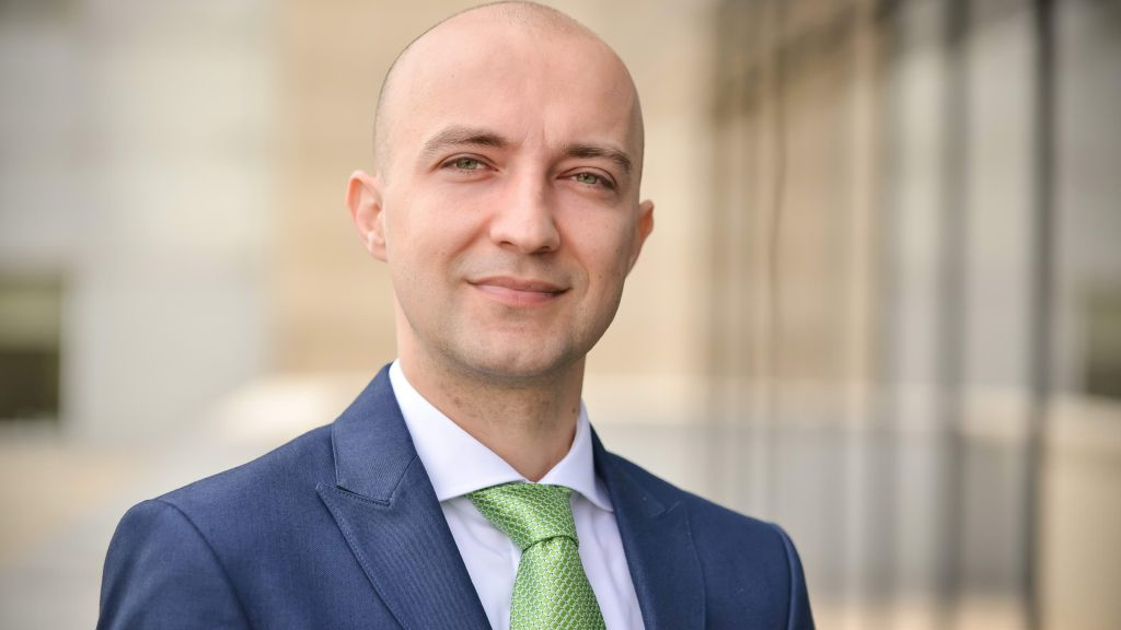 Deloitte Romania isi consolideaza echipa de conducere prin promovarea lui Claudiu Ghiurluc in rolul de partener in cadrul practicii de audit