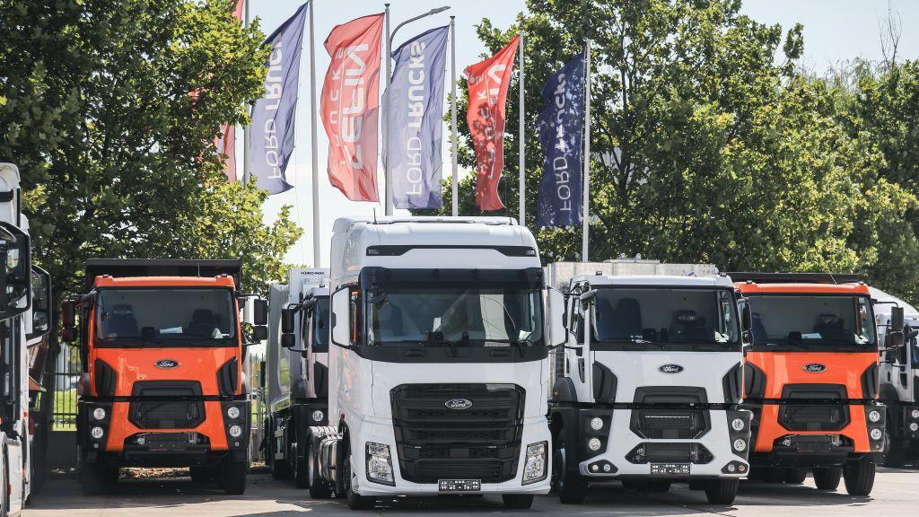 Cefin Trucks sarbatoreste livrarea vehiculului Ford Trucks cu numarul 2000 in Romania si seteaza strategia pentru urmatoarele 1000 de unitati